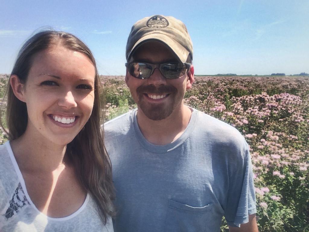 skyviewfarms-couple