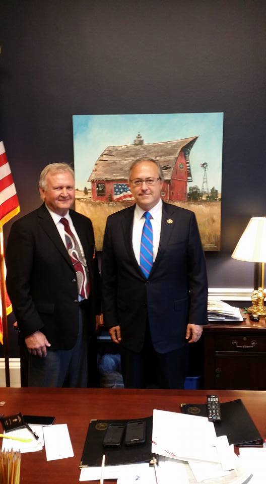 Larry Sailer meeting with Iowa Congressman David Young (R-IA3) in his D.C. office